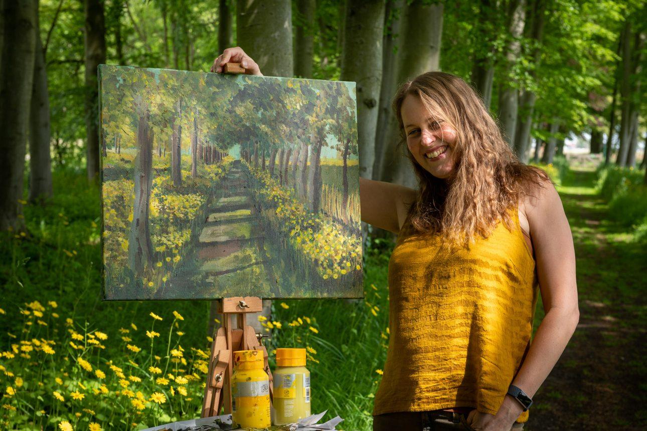 Toverzicht cursussen tekenen en schilderen voor kinderen en volwassenen in Heemskerk, Beverwijk, Castricum. Marloes Bloedjes is kunstenaar en schrijfster.
